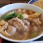 50972293 - 手打うどん 寿庵、肉汁。