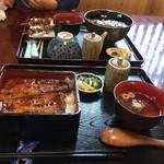 うなぎの緒里 - 2016年5月中旬  得うな重定食とうな丼定食¥1.400 と肝焼き2本¥250×2