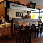 ウェルカム カトマンズ アジアキッチン&バー - 店舗内観