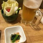 法善寺 - 生野菜と突き出しのほうれん草おひたしと生!