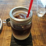 ホワイトバード コーヒー スタンド - アイスカフェオレ