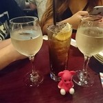 HUB - ワインとコークハイ【2016/05】