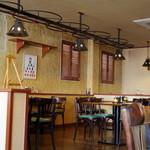 カフェレストラン Qナイン - 2016年5月 店内1