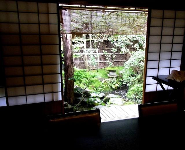 瓢亭 本店 - 茶室の前庭
