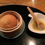 ステーキ・鉄板焼 みくら - パンとアンチョビバター