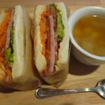 彩 - サンドイッチ、スープ