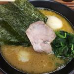 教道家 - 麺 固め、味 濃いめ、油 普通、でお願いしました*\(^o^)/*