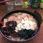 51004684 - チャーシュー麺並、麺固め、味の濃さ、油の量共に普通でオーダー
