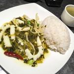 巧匠 - 高菜とイカの塩炒めご飯