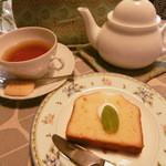 茶帽子 - 料理写真:ピーチジンジャーとパウンドケーキ