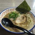 麺や輝の穴 - ラーメン(680円)