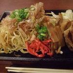 ホナセンダイ - 鉄板焼きそばつけ麺(大盛り)