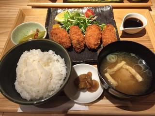 魚河岸千両 紀尾井町 - カキフライ定食