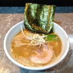 51013950 - 『製麺rabo』                       「らーめん(濃厚魚出汁)」