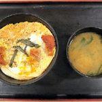 とんかつ松乃家 - ロースかつ丼¥490みそ汁つき