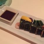 51018754 - 海鮮海苔巻き                       海老がジューシーで、ごま油の風味が美味しさを増します(^.^)