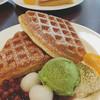 ブックス&カフェ そごう千葉店 - 料理写真:朱鞠小豆と抹茶のワッフル  508円