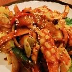 チョアヨ - 料理写真:イカ炒め