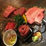 焼肉トラジ - お肉のプレート