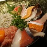 まるさ水産 - よくばり海鮮丼1290円