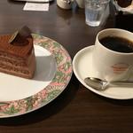 ナガハマコーヒー - スペシャルショコラとナガハマブレンドドリップのセット 842円