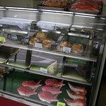 バーガー角 - パンも売っています。