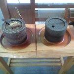 赤瓦五号館 久楽 - 体験で石臼でコーヒー豆をひかせて頂きました