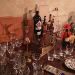 Sherry Bar Venga!! - グラスの展示コーナーを開設しました。お好みのグラスでお酒を楽しめます。販売もしています。家飲みにもこだわってみませんか?