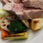 51048622 - 漢方豚ランチの付け合わせ野菜