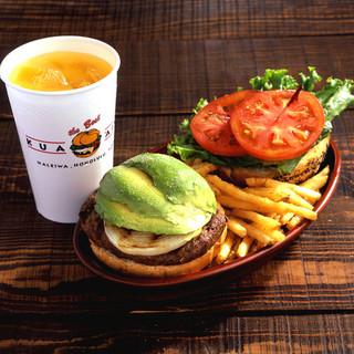 クアアイナ - 料理写真:アボカドバーガーランチセット