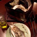 51052435 - 大粒な牡蠣