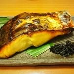 魚頭大熊 - さわらの西京焼き