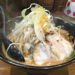 麺処 花田 上野店 - 辛味噌ラーメン 野菜多め