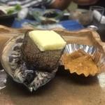51058702 - 活アワビ、うにのバター焼