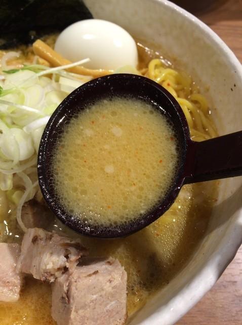 白樺山荘 新千歳空港店 - ハーフ味噌ラーメン スープアップ