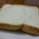 51061641 - レギュラー食パン、5枚切り。