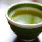 しゃぶしゃぶ たわら屋 - 緑茶も丁寧な煎れ方