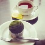サロン・ド・テ・アンジェリーナ - 紅茶とモンブラン。