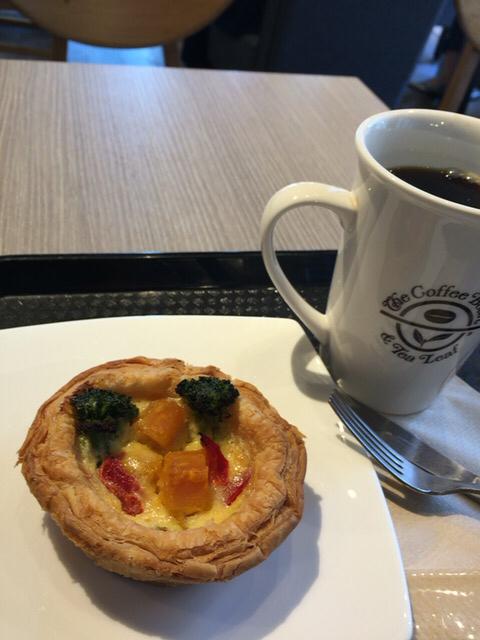 コーヒービーン&ティーリーフ 日本橋一丁目店 - くりかぼちゃのキッシュとシングルオリジン