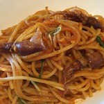 スコティッシュ パブ ブリッジェンド - 本日のパスタ この時はホタルイカと水菜を使ったトマトソースのパスタでした。