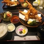 鶴べ - 料理写真:エビフライ定食(上)