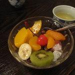 初音 - フルーツみつ豆