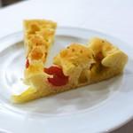 トラットリア トマティカ - 自家製トマトのフォカッチャ