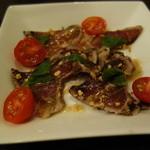 グラティア - 藁焼き鰹のカルパッチョ・ガーリック風味