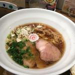 どんぐり - 醤油ラーメン700円
