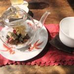 51089954 - 八宝茶(850円)
