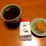 茂木一○香本家 新地支店 - 枇杷ゼリーにほうじ茶