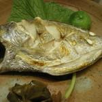 つり舟割烹 三河屋 - えぼ鯛の塩焼き