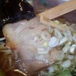 中華麺飯 太楼 - チャーシューのアップ