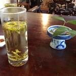 中国茶会 無茶空茶館 - お茶